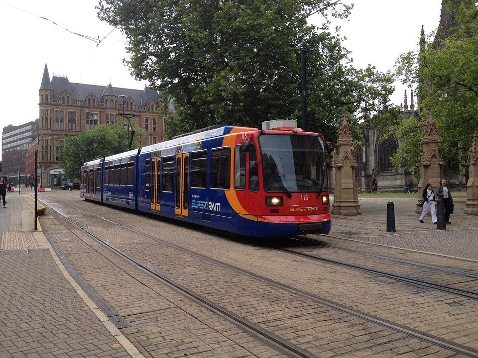 sheffield super tram is a great way for Sheffield students to get about
